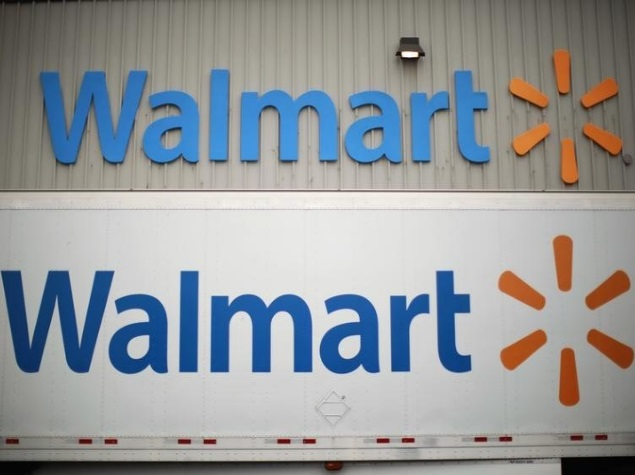 Wal-Mart Eyes Amazon in Potentially Costly E-Commerce Battle