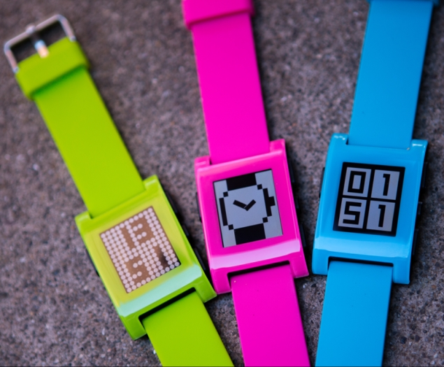 Pebble Smartwatch Now Available in Three New Limited Edition Colours