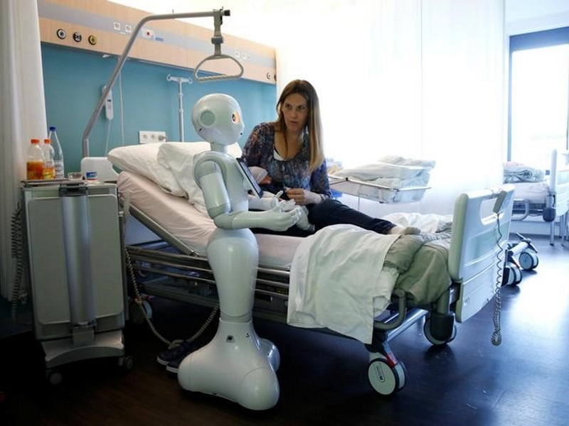 Europe's Robots to Become 'Electronic Persons' Under Draft Plan