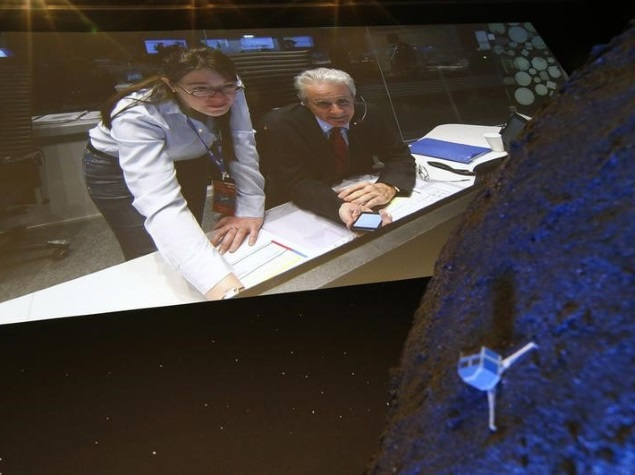 European Philae Lander Touches Down on Comet, but Fails to Anchor