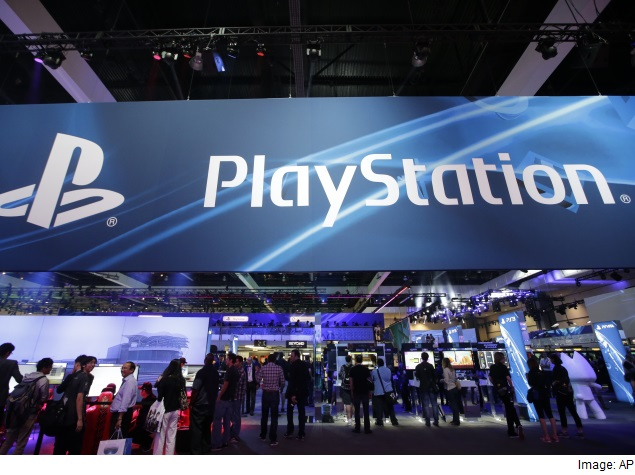 playstation_booth_at_e3_2015_ap.jpg