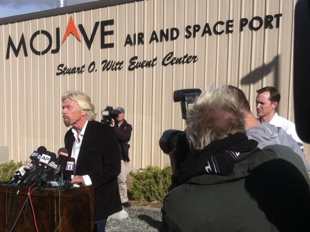Branson Determined to Find Cause of Virgin Spaceship Crash, Pilots Identified