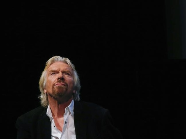 Branson Says Virgin Working on Electric Cars