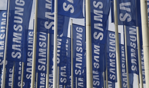Samsung to launch first Tizen-based smartphone in 2013: Report