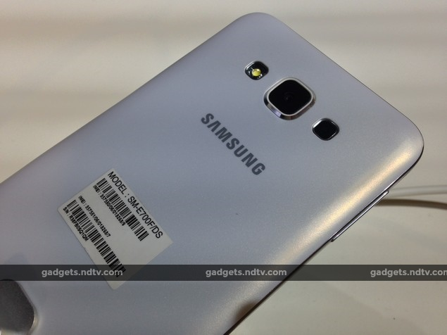 samsung_galaxy_e7_rear_launch_event_ndtv.jpg
