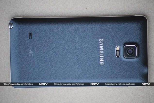 samsung_galaxy_note_4_rear_ndtv.jpg