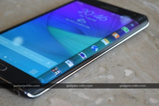 samsung galaxy note edge review the smartphone with an. Black Bedroom Furniture Sets. Home Design Ideas