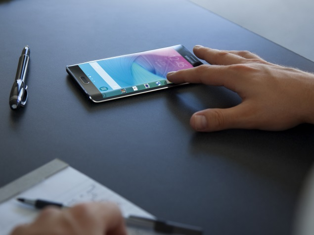 Samsung Galaxy S6 Tipped to Sport 'Dual-Edge' Display
