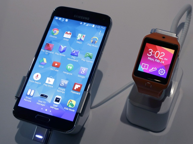 MWC 2014: Samsung and other smartphone giants want your body