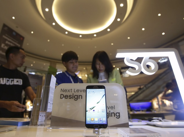 Samsung Galaxy S6 Fails to Reverse Profit Decline in Fifth Straight Quarter