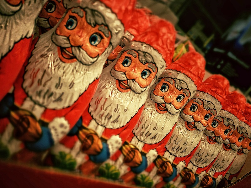 Australian Couple Plays Santa Clause For 8-Year-Old In Vadodara