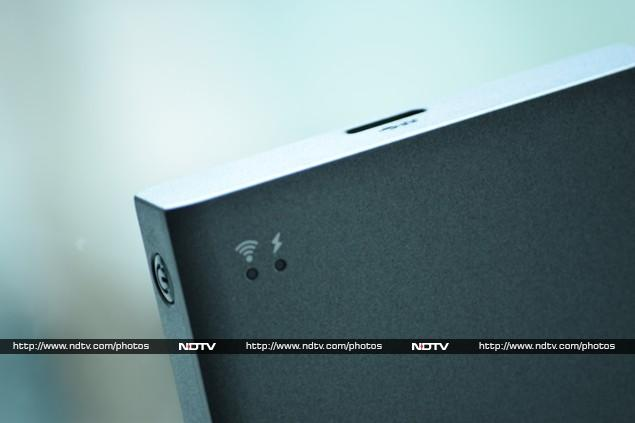 seagate_wireless_plus_corner_ndtv.jpg