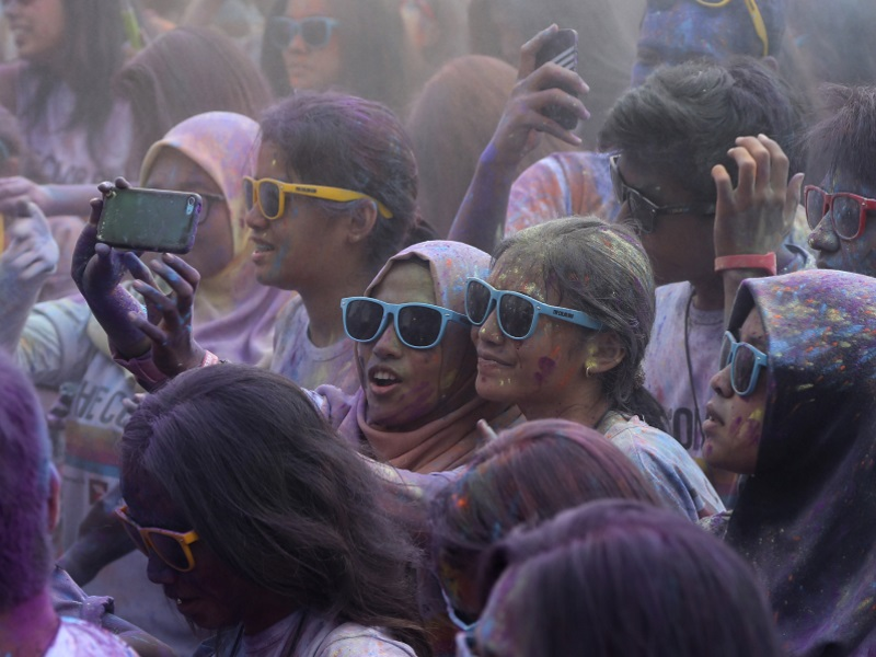 Mumbai Police to Identify 'No Selfie Zones' After Fatal Incident