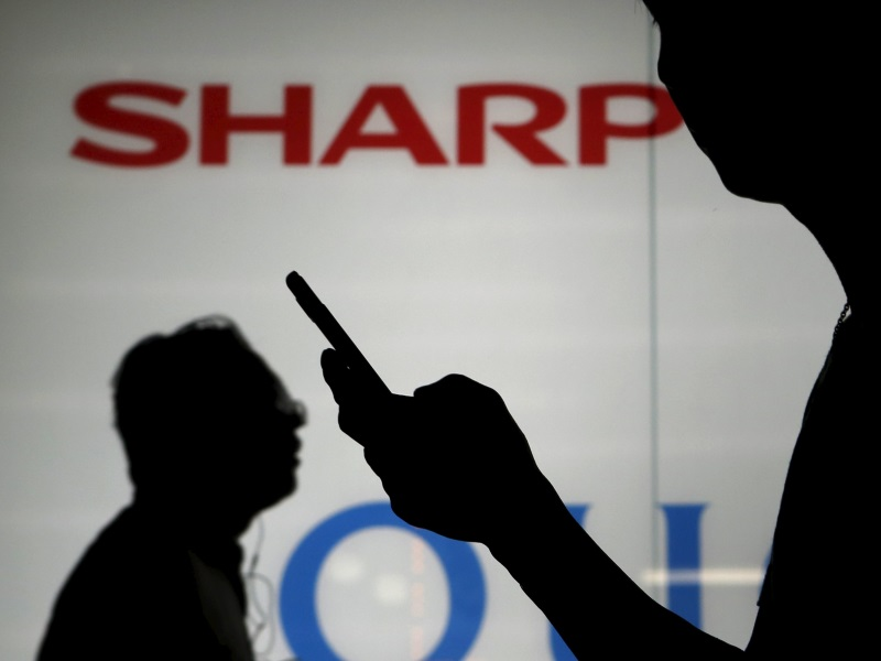 Japan's Sharp Reportedly in Talks With Foxconn on Tie-Up