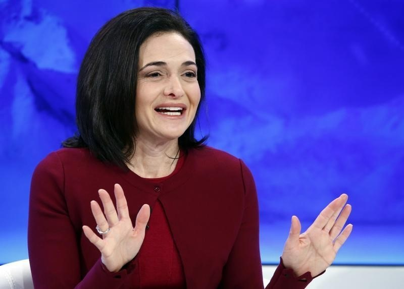 Facebook's Sandberg Says Peter Thiel to Remain on Board