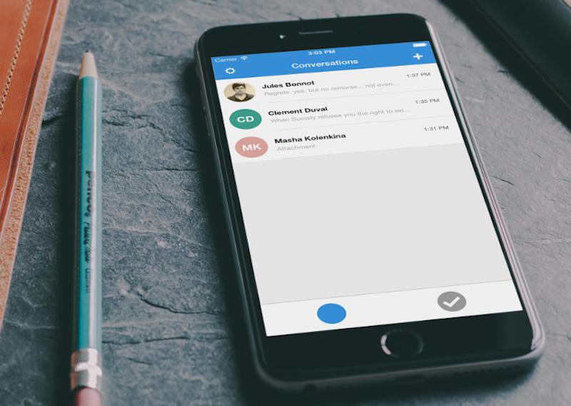 Apple Recruits Developer of Secure Messaging App Signal