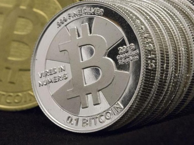Canada Senate Calls For 'Light Touch' Regulating Bitcoin