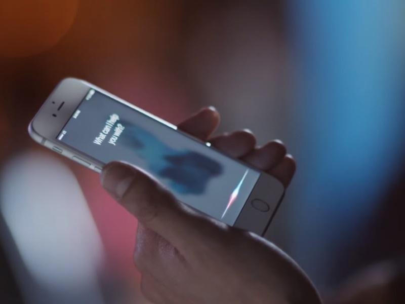 Apple's Next Big Challenge: Making Siri Smarter