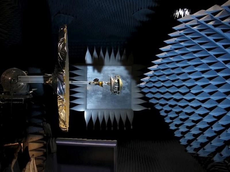 Israeli Startup Bets on 'Smart' Satellite Antennas for Global Web Access