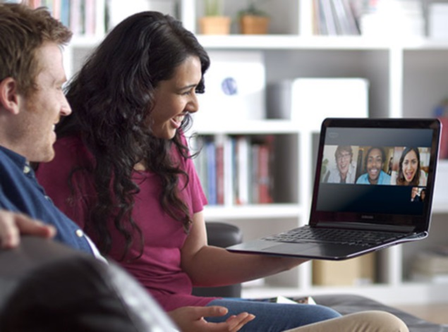 Google Hangouts In Mind, Skype Makes Group Video Calling -9932