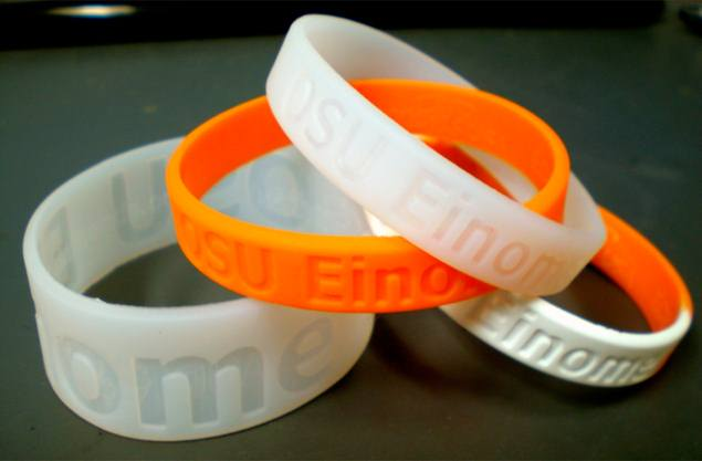 Smart wristband developed to help determine wearer's exposure to toxins