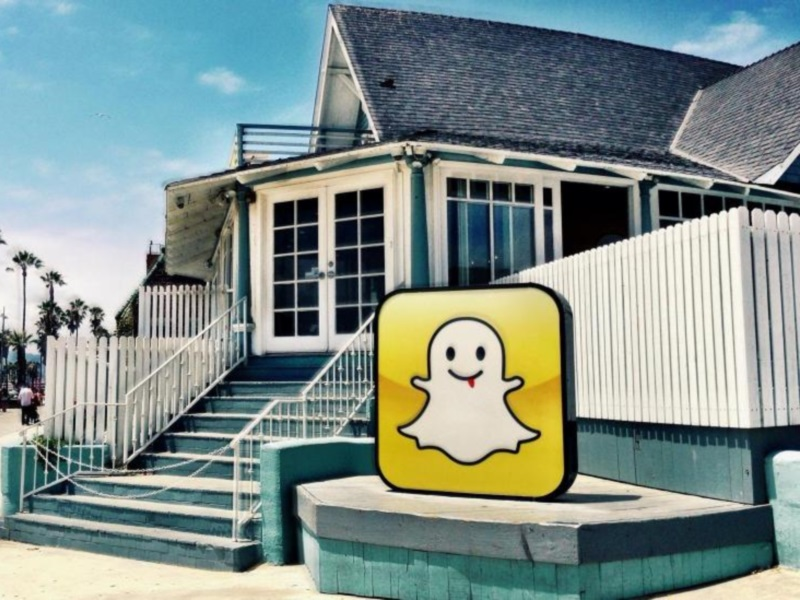 Snapchat Expands 'Replay' Feature, for a Fee