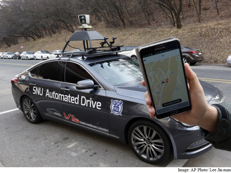 'Snuber' Driverless Taxi on Seoul Campus Offers Glimpse of Future