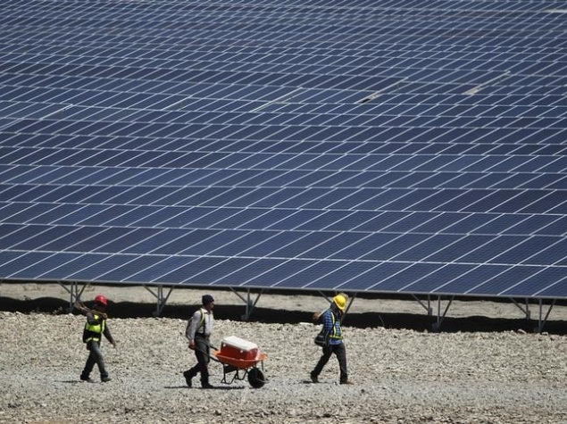 SoftBank, Foxconn, and Bharti Partner on Solar Power Projects in India