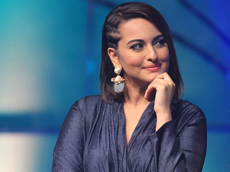 Personally Tech With Sonakshi Sinha