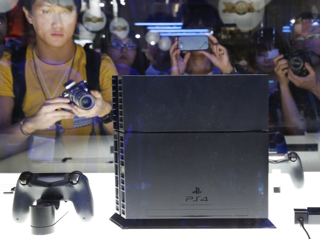PlayStation Network and Xbox Live Go Down; Hacker Group Takes Credit