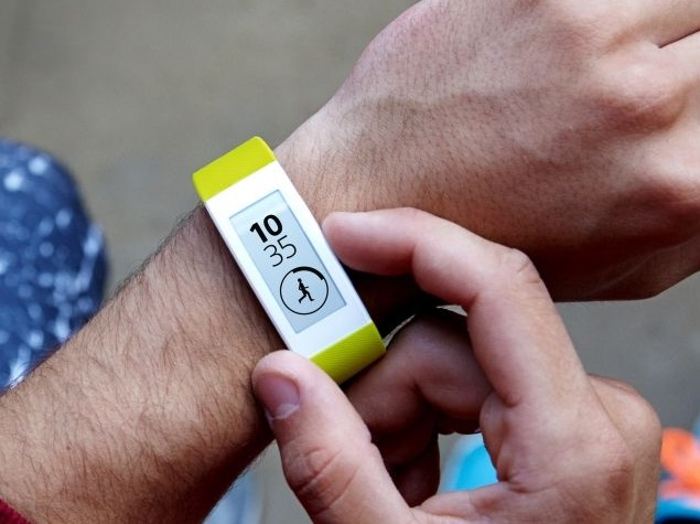 Sony SmartWatch 3 and SmartBand Talk Wearables Launched in India