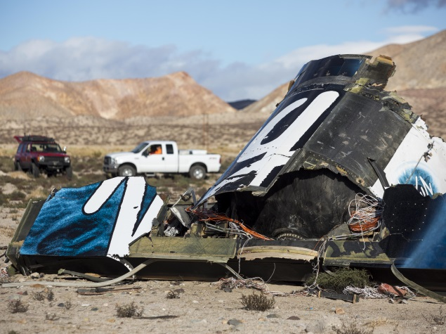 Pilot Actions Being Examined in Virgin Galactic Spacecraft Crash