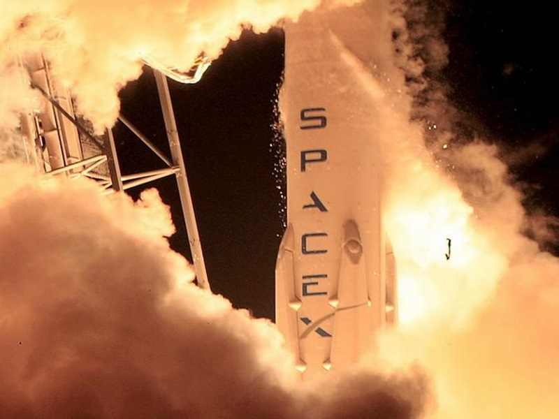 SpaceX to Launch Ocean Satellite, Try Water Return Sunday