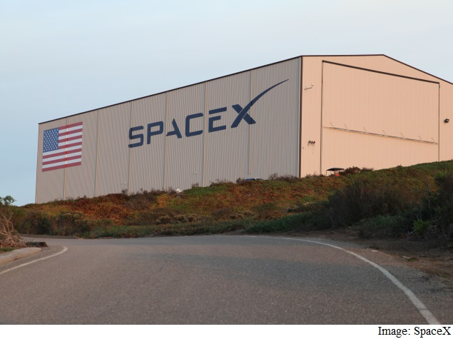 SpaceX Gets $1 Billion From Google and Fidelity