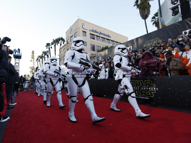 Star Wars: The Force Awakens Opens in Cinemas