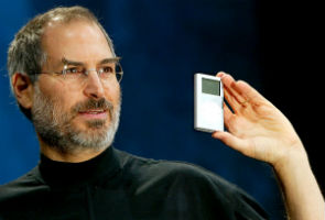 steve-jobs-ipod.jpeg
