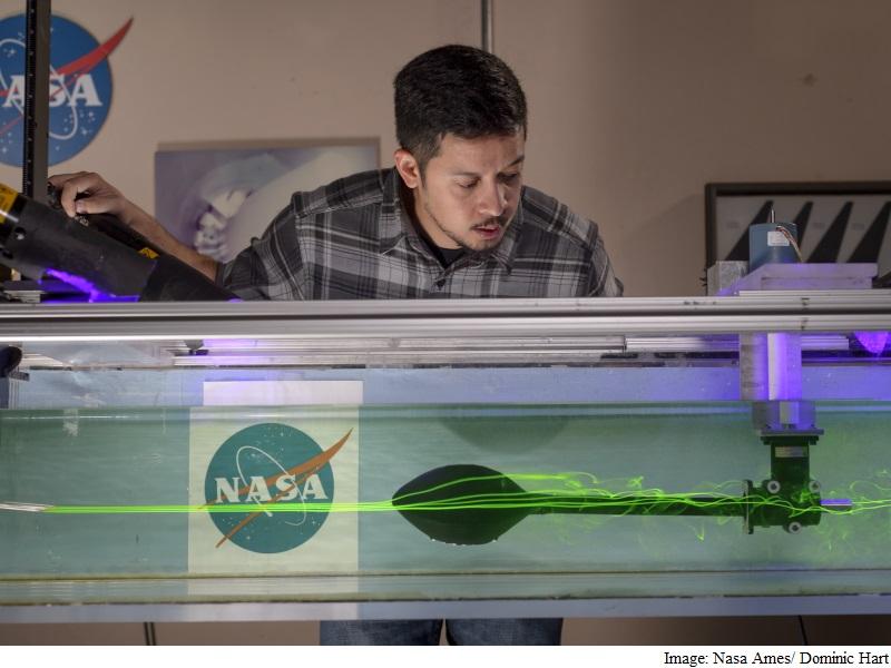 Nasa Engineers Use Super Bowl to Decode Aerodynamics