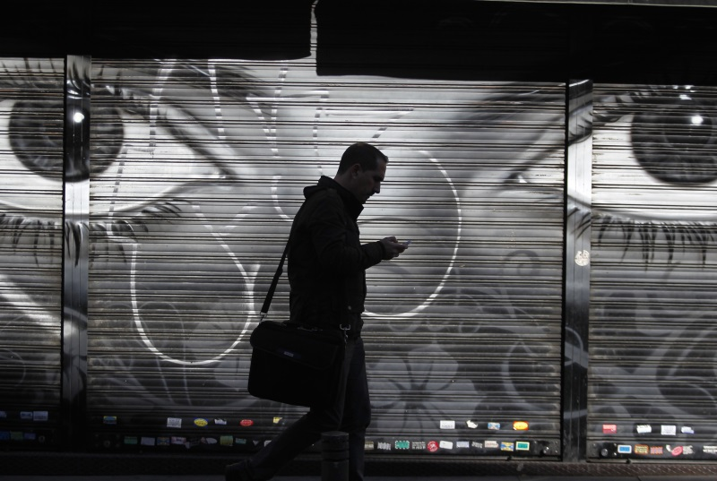 Paris Attacks Linked to Encryption: NSA Chief