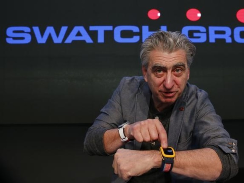 Swatch CEO Signals Plans to Add to Smartwatch Range: Reports