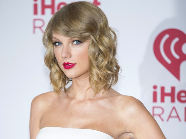 Taylor Swift Agrees to Stream 1989 Album on Apple Music
