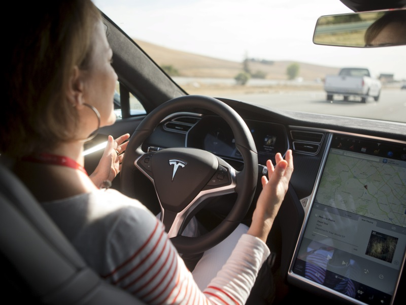 Tech Companies Face Rocky Road on the Way to Making Cars