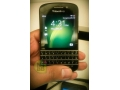 Fresh pictures of QWERTY BlackBerry X10 surface online