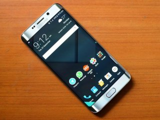 Samsung Galaxy S6, Galaxy S6 Egde+ Receiving Android December Security Update
