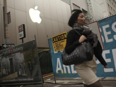 Prime Minister Abe Says Apple to Build Big R&D Centre in Japan: Report