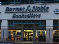 Barnes & Noble to Keep Nook Business, Spin Off College Books Unit