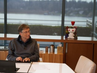Bill Gates Says 'Disappointed' by Reports He Backs FBI in Apple Spat