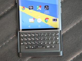 BlackBerry Priv Price in India, Specifications, Comparison (10th