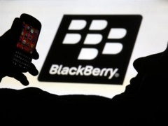 Pakistan to Shut Down BlackBerry Services by December Over Security