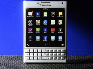 BlackBerry Reports Net Loss on Restructuring Costs, Write-Downs