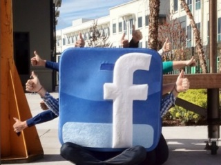 Facebook Wants You to Spend All Your Time on Facebook